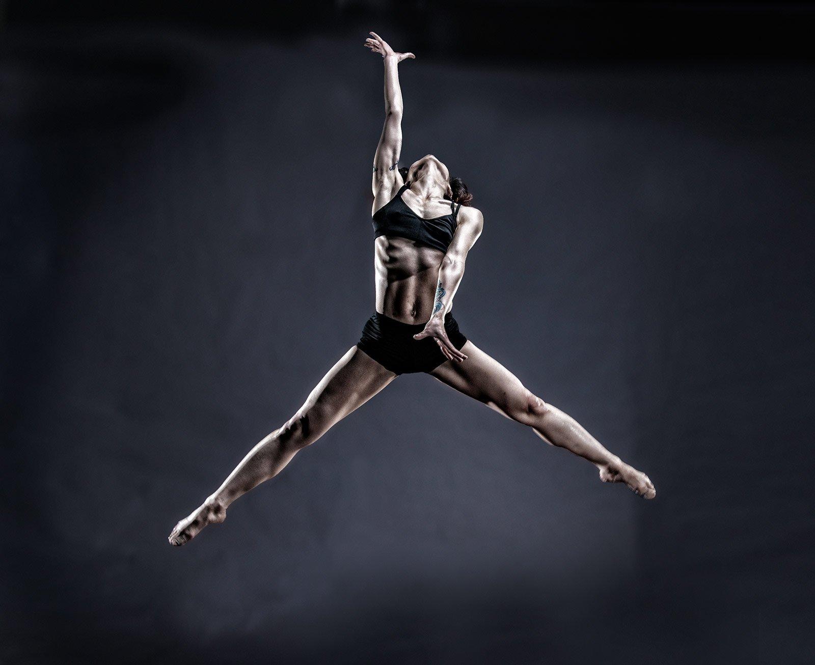 Ballet-Dancer_Mitchel-Gray
