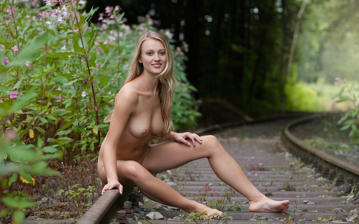 Are Pretty young women tied on railroad tracks naked suggest you