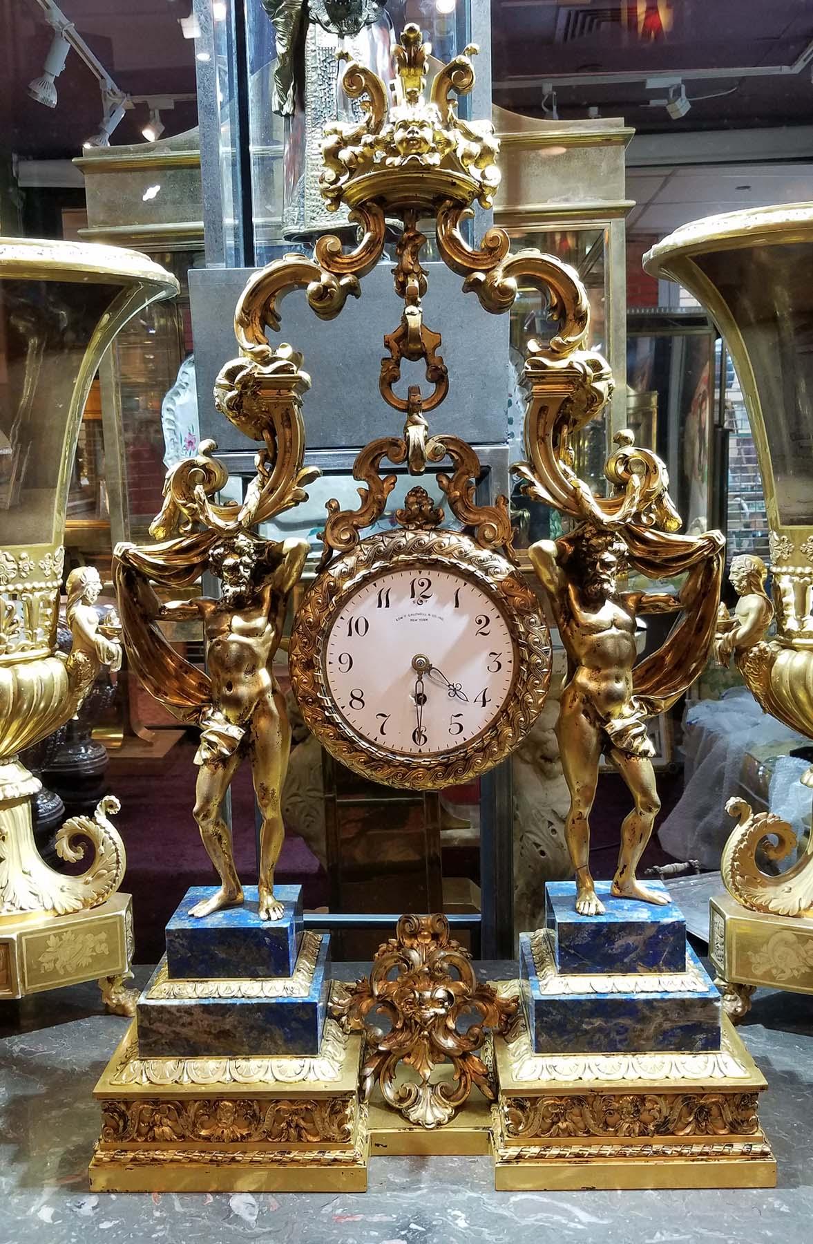ManArtsAntiquesCenter_Clock